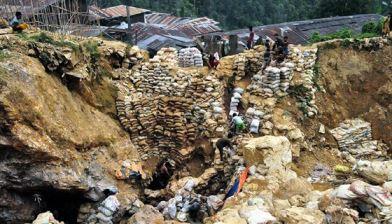 Illegal-mining-area-2.jpg-copy