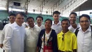 Ang krusada ng Jesus Miracle Crusade sa northern Luzon na kung saan ay kabilang ang mag-asawang commander ng New People's Army na sina Ka Eloisa at Ka Lando.